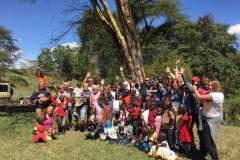 26_group-on-safari
